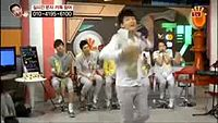 [PART 1] APINK's fanboys (B1A4, EXO, VIXX, SHINEE, B.A.P, BTOB).3gp